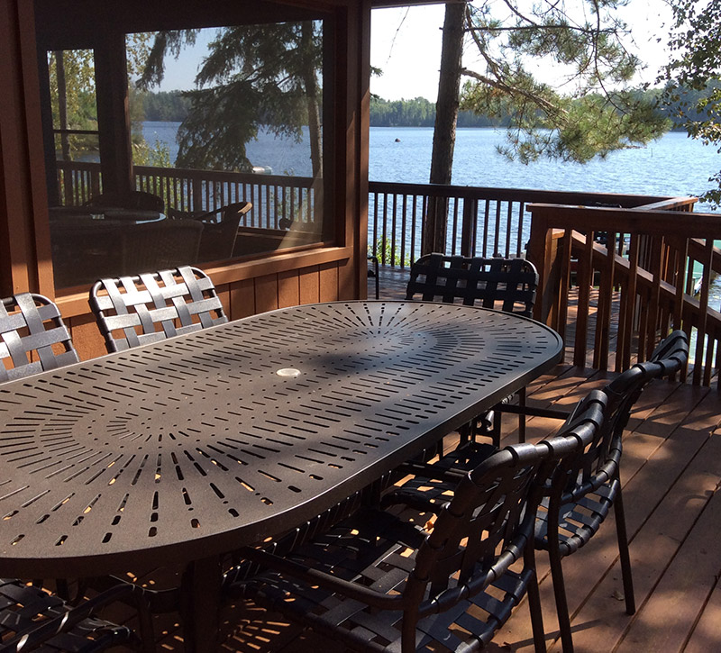 Ely Minnesota Cabins-Bayport Cabin Sundeck Dining-River Point Resort