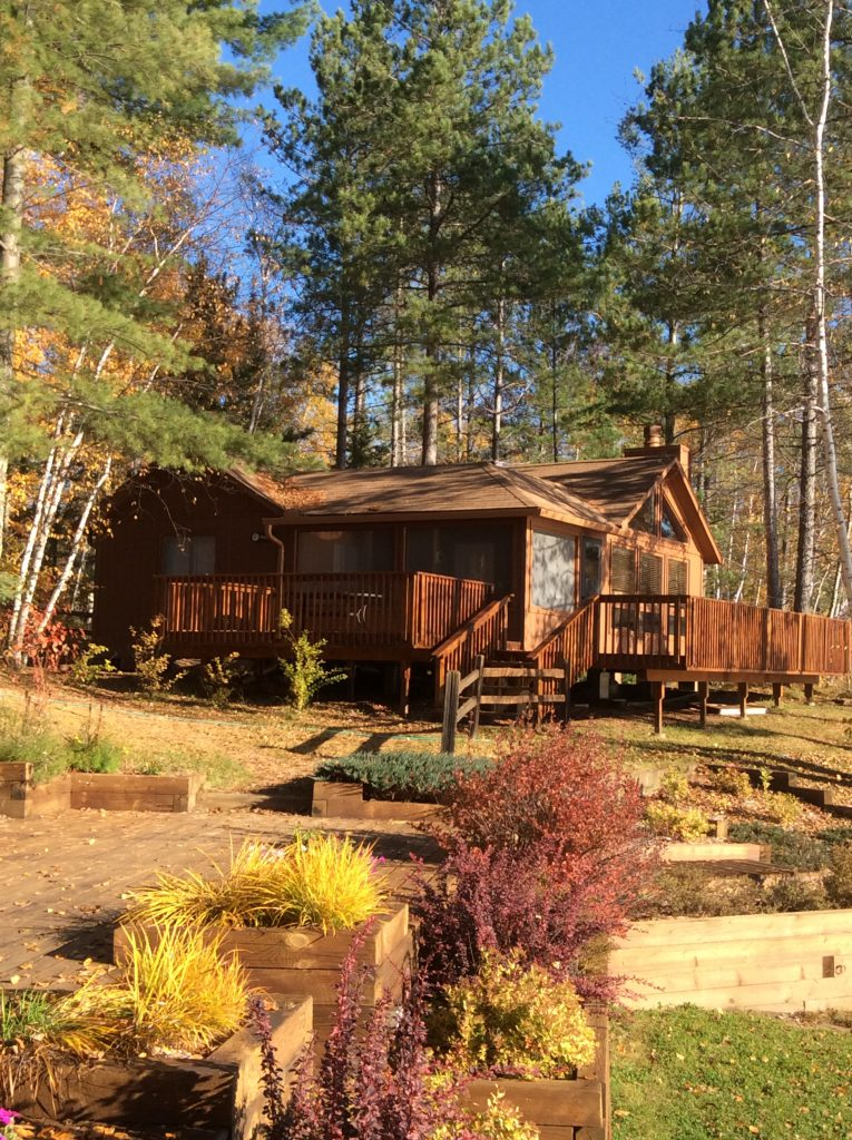 Ely Minnesota Cabins- Bayport Cabin-River Point Resort
