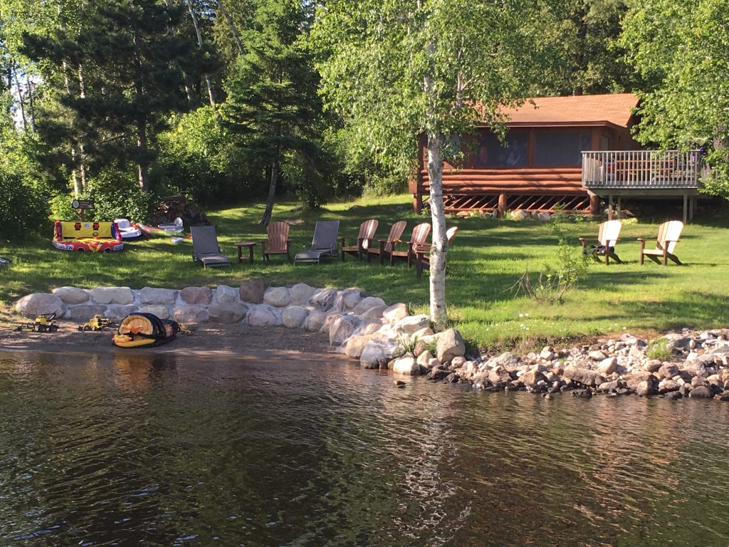 Cabins-Northern Minnesota Resorts-River Point Resort-Log Cabin Lakefront