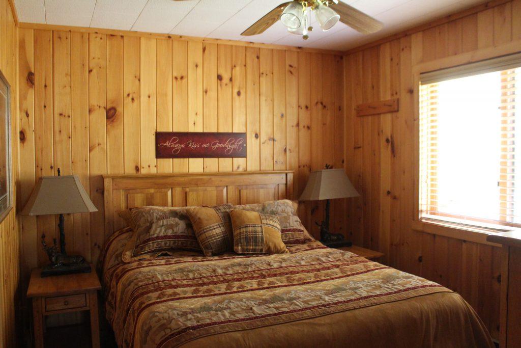 Ely Resorts Lodges-Aspenwood & Stoneridge Villas-River Point Resort-Ely MN