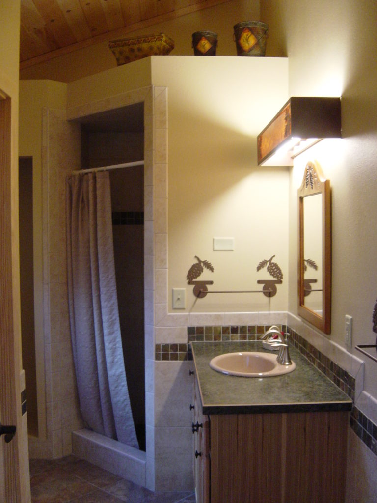 Ely Minnesota Cabin Rentals-Romantic Honeymoon-Riverveiw Cabin-River Point Resort