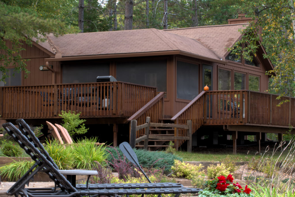 Minnesota Vacation Home Cabins-Ely Minnesota Cabins-Bayport Cabin Deck