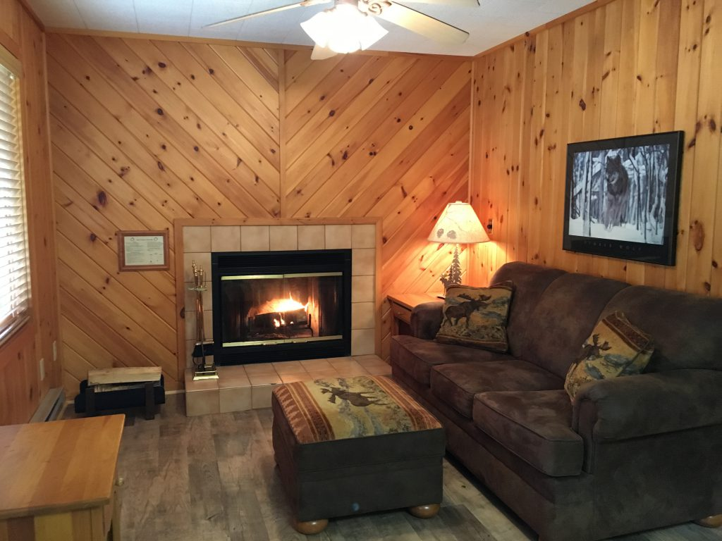 Ely Resort Lodge- Villas at River Point Resort- Birch Lake-Ely MN