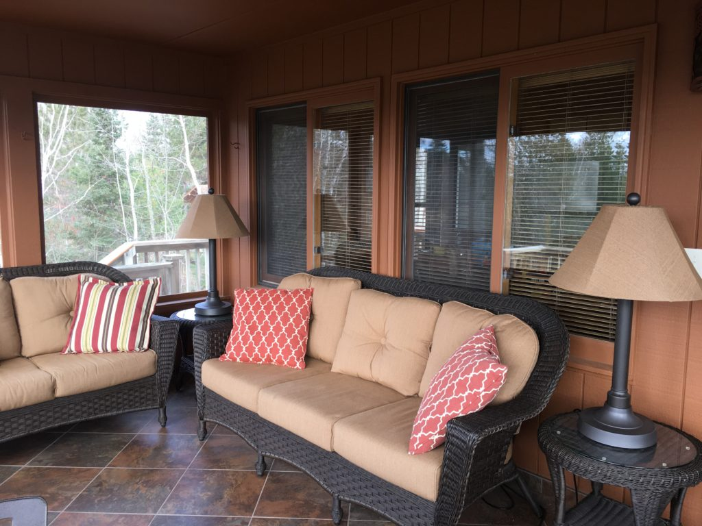 Ely Minnesota Vacation Home Rentals-Ely MN Cabins-River Point Resort Screen Porch