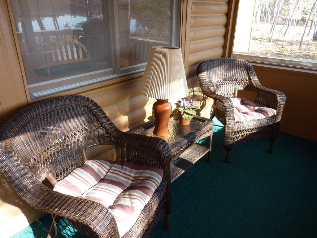 Northern Minnesota Resorts Cabins-Hideaway Cabin Screen Porch-River Point Resort
