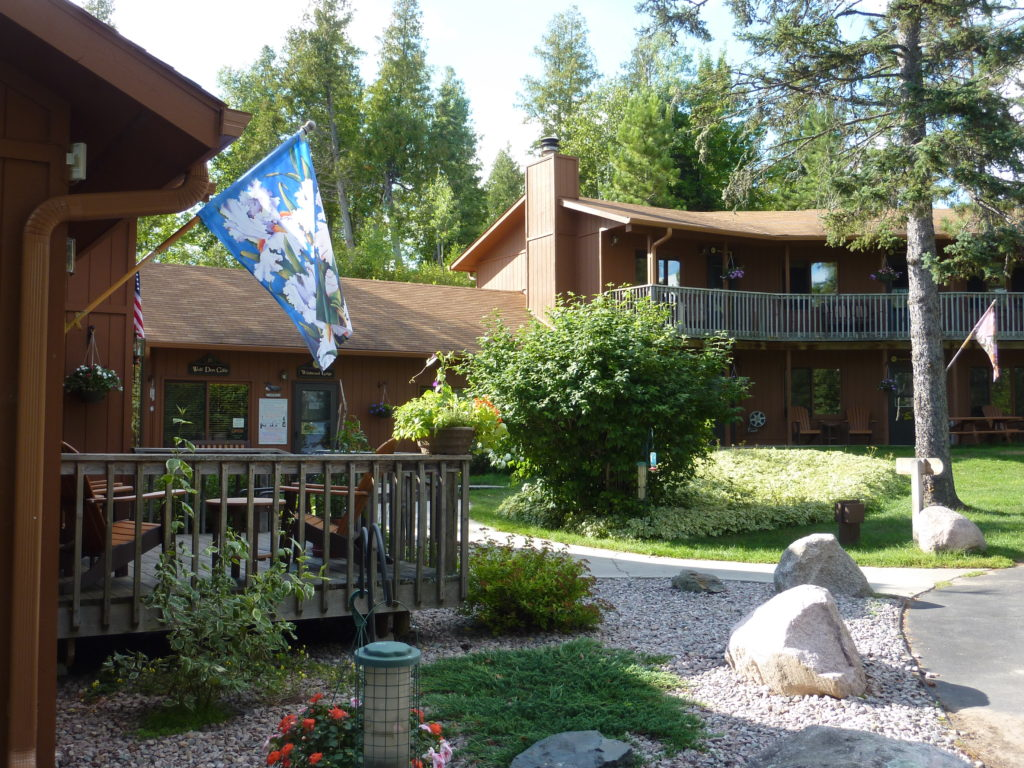 Ely Resorts Lodges-Stoneridge Villa-River Point Resort